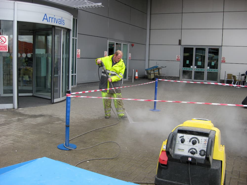 Luton Airport Commercial Cleaning
